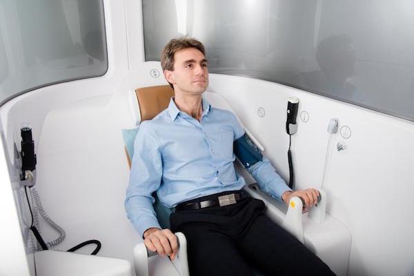 patient-examination-in-progress-consult-station